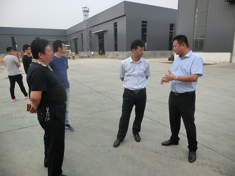 Sun Aijun, Secretary of the municipal Party committee of the 16.9.14, observed the factory area
